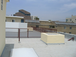 Venice apartment unit with new roof top deck and built 